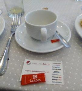 Desayunando en Granada con el grupo Joly